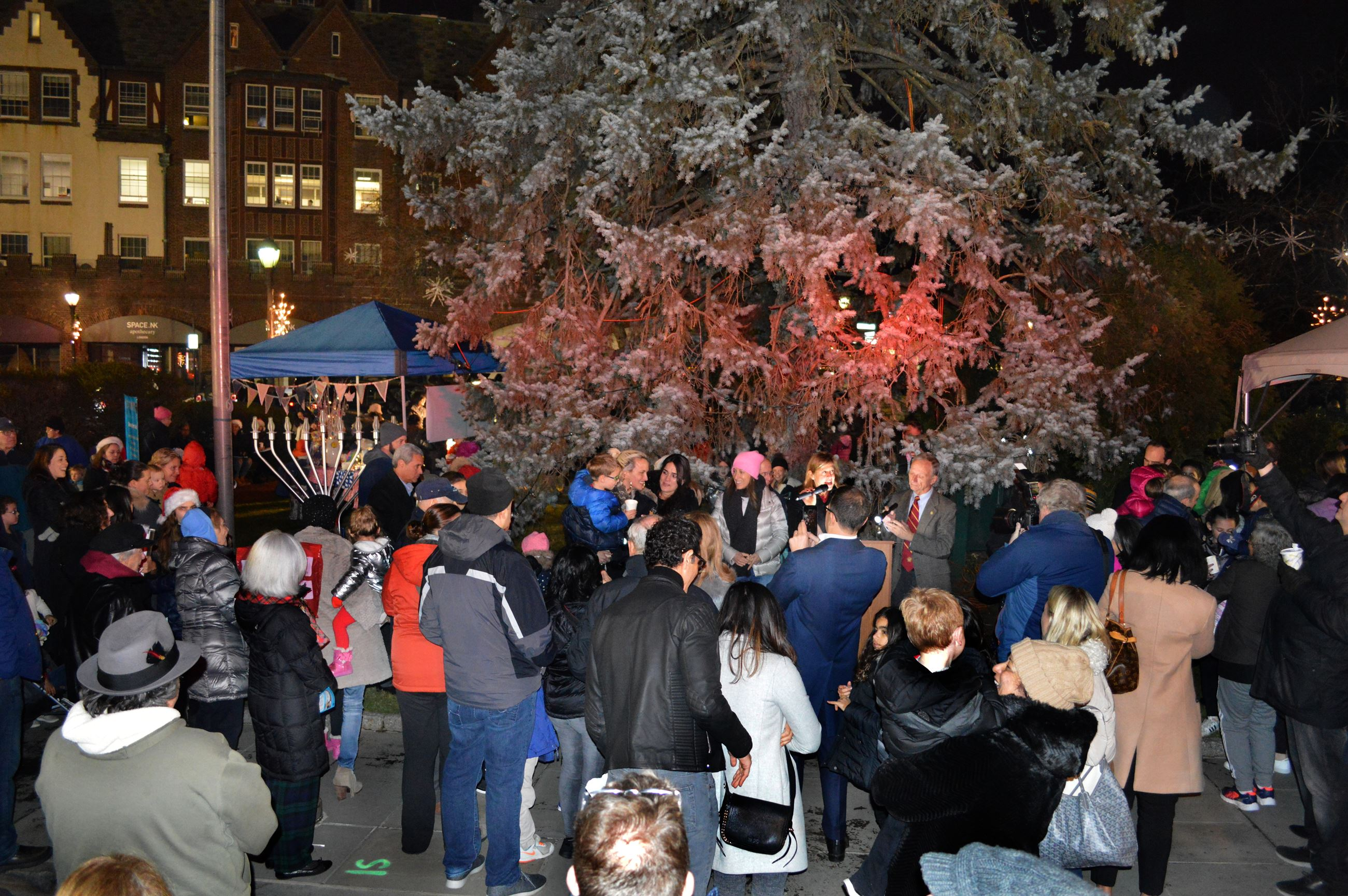 Boniface Circle Holiday Lights Ceremony